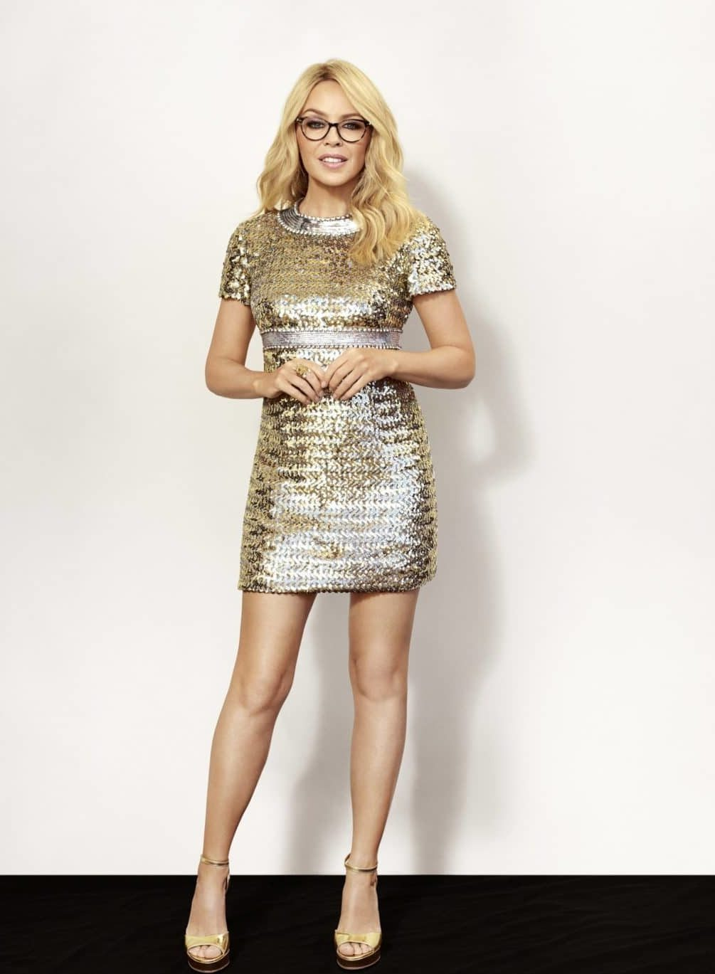 9e2c9631d4 Kylie minogue glasses specsavers cinemas jpg 1005x1369 Sunglasses kylie  minogue white wallpaper