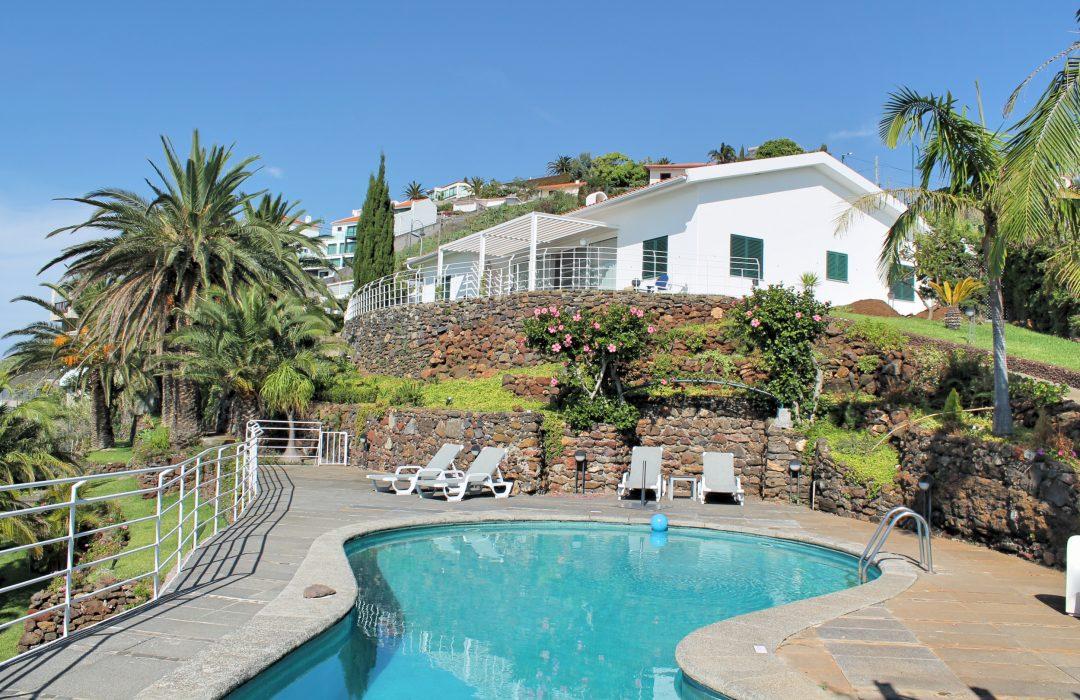 Villa Select expands into Madeira and Halkidiki